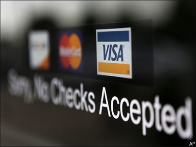 More retailers object to credit card settlement