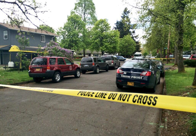Police find man dead at burning North Eugene home