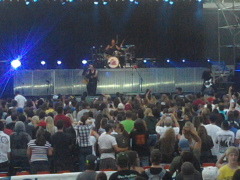 three days grace in concert 2011