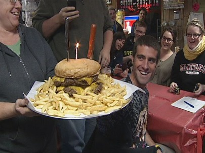 UO student takes the Giant Burger Challenge