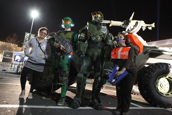 Halo 4 Midnight Release