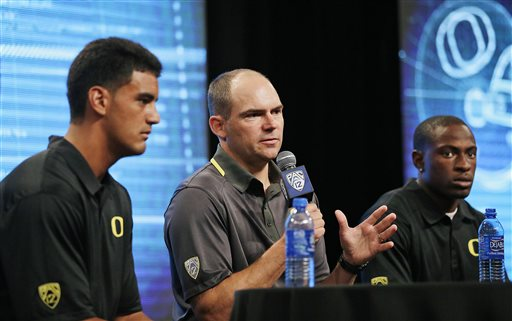Ducks picked to win Pac-12 again