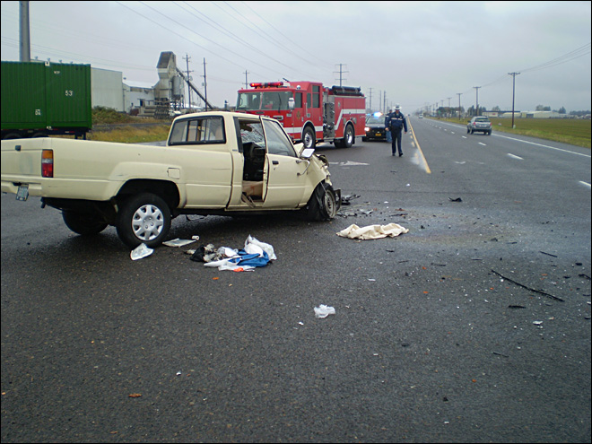 One dead, one injured in Hwy 99 crash
