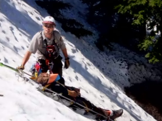 Man falls 300 feet down caldera at Crater Lake