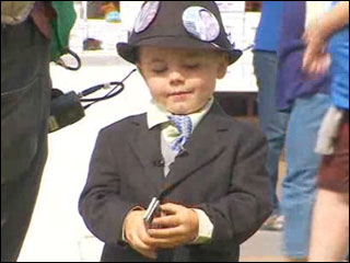 4-year-old mayor re-elected for 2nd term