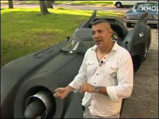 "Man builds custom ""bat car"""