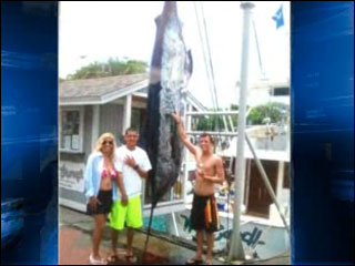 Make-A-Wish teen catches 760 lb. marlin
