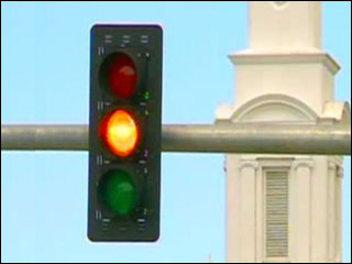 Shorter yellow lights has drivers seeing red