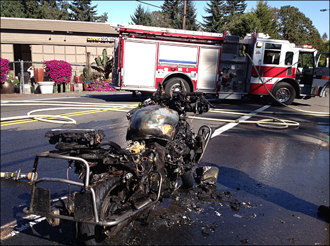 Fire destroys Lake Oswego police motorcycle