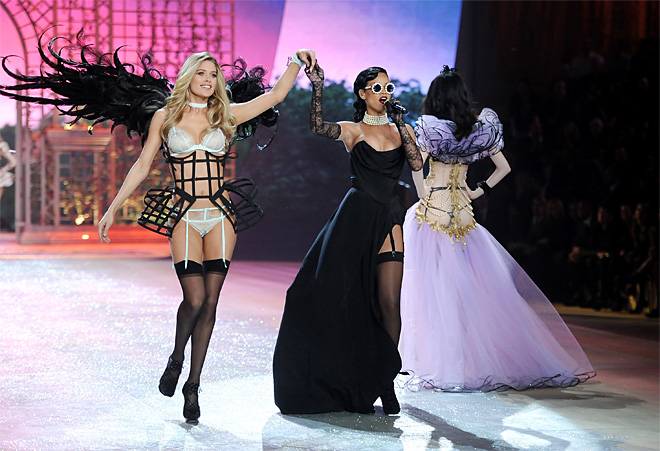 2012 Victoria's Secret Fashion Show
