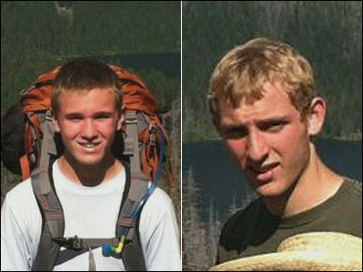 Crews brave rain, steep terrain in search for lost two teen hikers