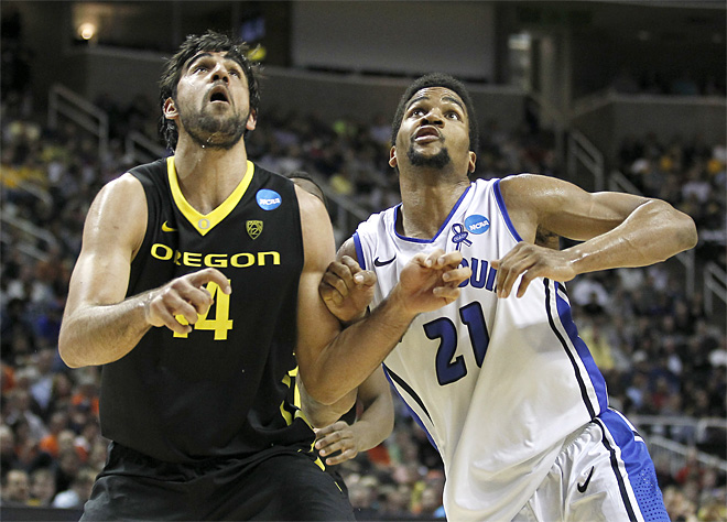 NCAA Saint Louis Oregon Basketball