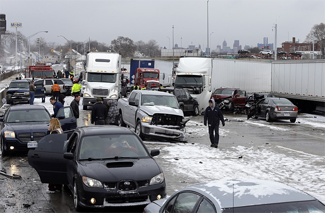 Freeway Crash Detroit