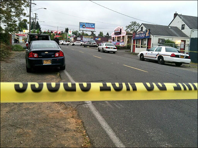 Man killed, woman hurt in shooting outside Portland strip club