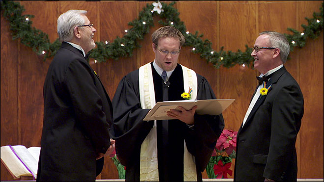 Same-sex couples exchange wedding vows, celebrate in Wash.